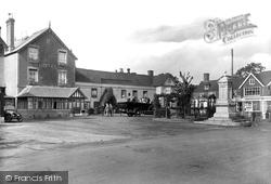 Royal Oak Hotel 1925, Hawkhurst