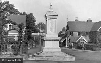 Hawkhurst, War Memorial 1925