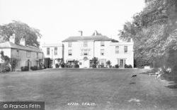 Hotel 1898, Hawkstone Park