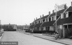Hawley, Children In Cheyne Way c.1960