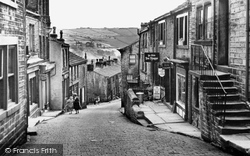 Main Street 1958, Haworth