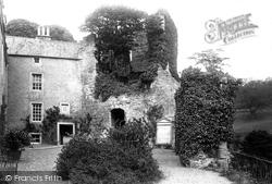 Courtyard 1897, Hawthornden