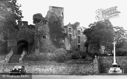 The Castle And Memorial c.1955, Hay-on-Wye