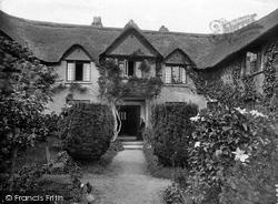 Hayes Barton, Entrance And Gardens 1928