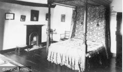Hayes Barton, Sir Walter Raleigh's Bedroom c.1960