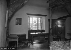 Hayes Barton, Sir Walter Raleigh's Birthroom 1933