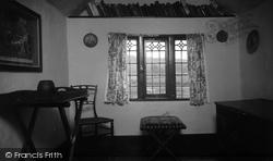 Hayes Barton, Sir Walter Raleigh's Room 1933