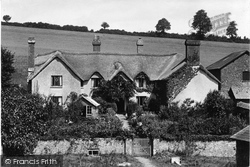 Hayes Barton, The Birthplace Of Sir Walter Raleigh 1925