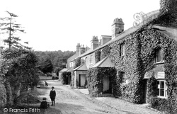 Haytor Vale, Hotel And Post Office 1906