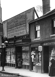 Headingley, Taylors Cash Chemist 1897