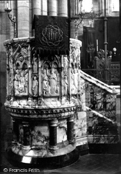 Headingley, The Church, Pulpit 1891