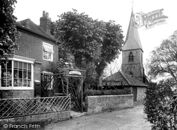 Post Office And Church 1928, Headley