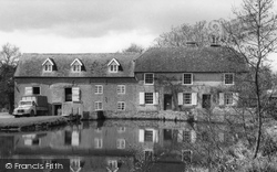 Headley, The Mill Lake c.1960