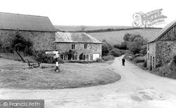The Green c.1960, Heasley Mill