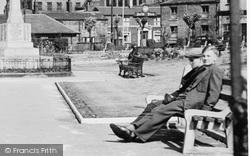 Heckmondwike, Boys In The Park c.1960