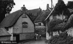 The Shipwright's Arms c.1955, Helford