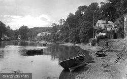 Village 1930, Helford