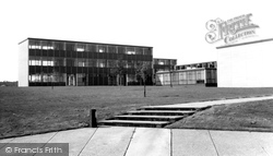 Hemel Hempstead, Cavendish School, Warners End c.1965
