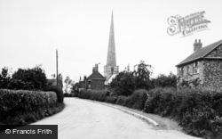 Hemingbrough, School Lane c.1955