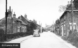 Hemingbrough, The Village Street c.1955