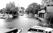 Hemingford Grey, the River Ouse c1960