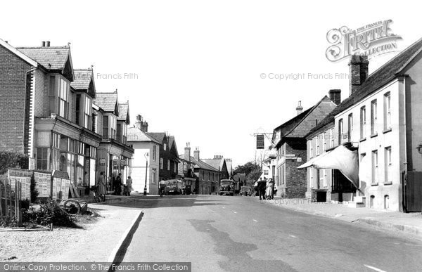 Henfield, High Street c1955