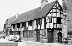 Henley-In-Arden, Old Guildhall c.1955