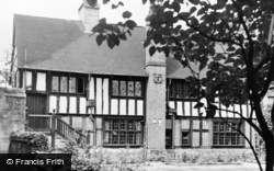 Henley-In-Arden, The Old Guildhall c.1950