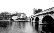 Henley-on-Thames, Bridge And Vicarage 1893