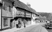Henley-on-Thames, Elizabethan Houses, Friday Street c.1950