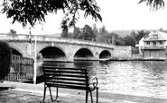 Henley-on-Thames, The Bridge c.1955