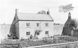 Church Farm c.1960, Henton