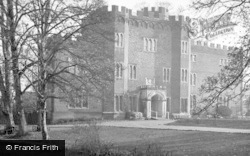 Hertford, Castle c.1955