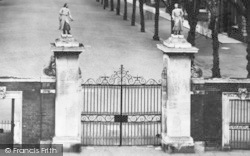 Hertford, Christ's Hospital Gates 1929