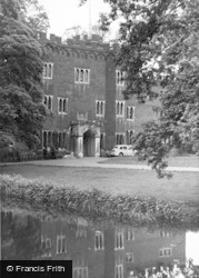 Hertford, The Castle c.1955