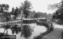 Hertford, The Lock 1920