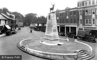 Hertford, War Memorial 1933