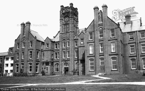Photo of Heswall, Royal Liverpool Children's Hospital c1965