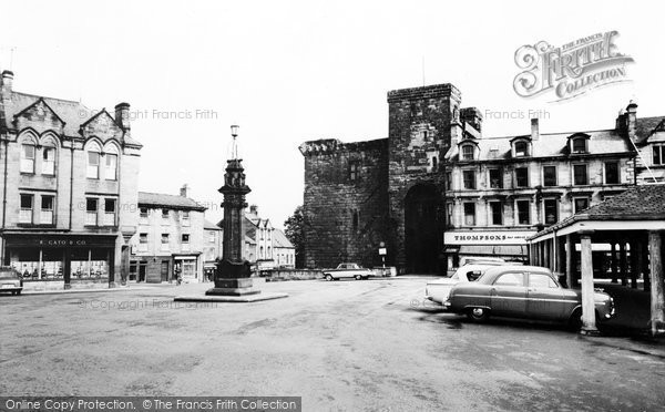 Photo of Hexham, Market Place and Moot Hall c1960, ref. H80071