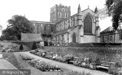 Hexham, The Abbey c.1950