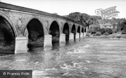 Tyne Bridge c.1935, Hexham