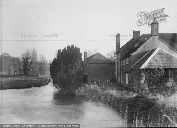 Heytesbury,Mill House and Stream c1955,Wiltshire