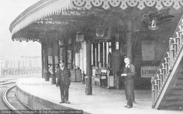 Heywood, The Station Platform c.1910