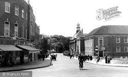 High Wycombe, Queen Victoria Road Looking South c.1955