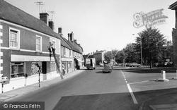 High Street 1966, Higham Ferrers