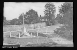 Memorial Corner c.1955, Hilgay