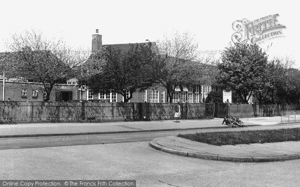 Hillingdon, Swakeleys Secondary School c1955