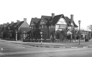 Hinchley Wood, Hotel c1955