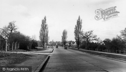 The Kingston By-Pass c.1955, Hinchley Wood