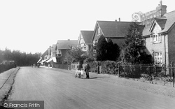Hindhead, Beacon Hill Road 1921